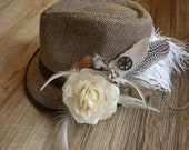 Fly at Dawn-Feather Clip// Creamy, Ivory, White, Steampunk, Gift, Accessories, Hair Clip, Hat Clip