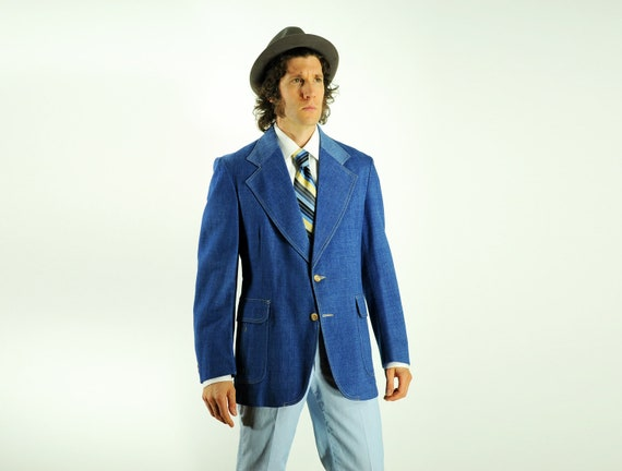 70s mens denim sport coat 1970 blue cotton blazer retro topstitch belt wide lapel pleat action back 42R
