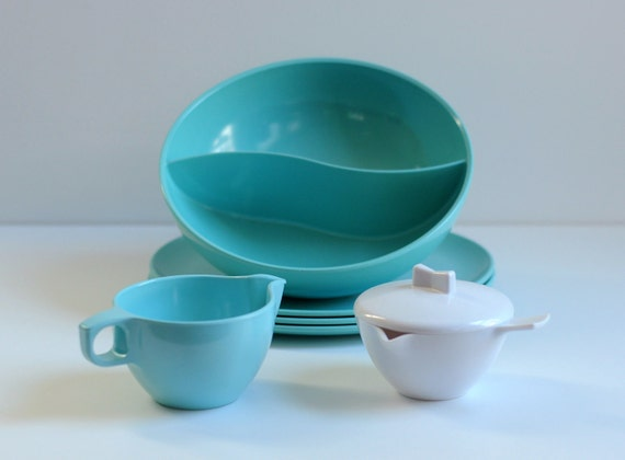 robins egg blue melamine collection divided ocean wave bowl sugar creamer plate Melmac Lucky 7
