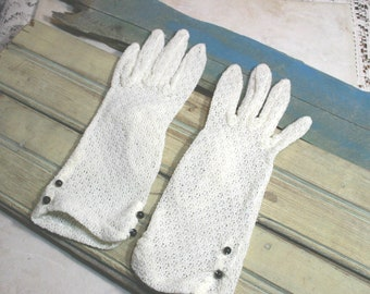 Vintage Off-White Knitted Gloves -  Small