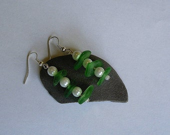Green sea glass earrings with white pearls. Seaglass beach jewelry.