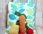 Play Food Fruit Vegetables- Knit Waldorf Food for Play Kitchen  - Market Bag -  Natural - Eco-Friendly - 8 Piece Deluxe Set