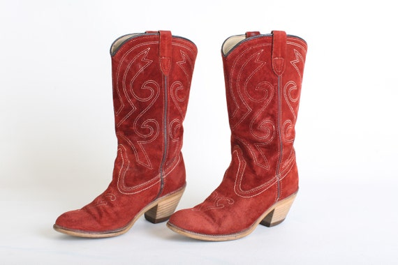 size 6 s leather cowboy boots by thisvintagething
