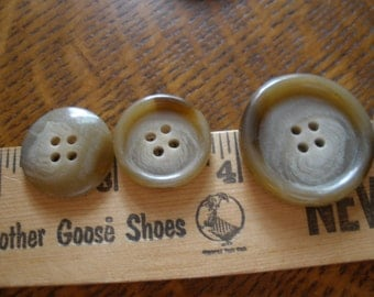Horn effect buttons – Etsy