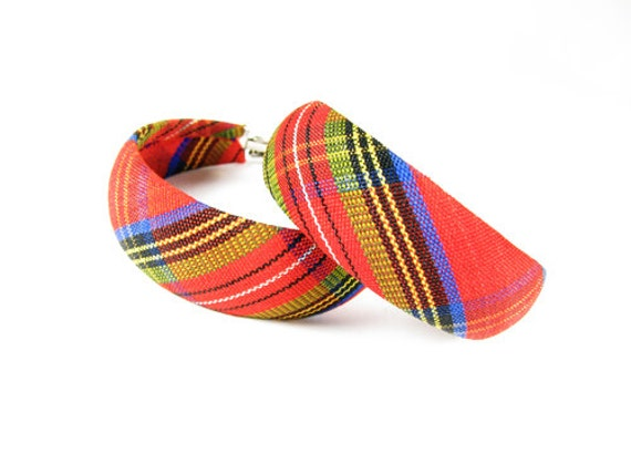 Tartan Vintage Hoop Earrings, Fabric Covered - Boucles d'Oreilles.