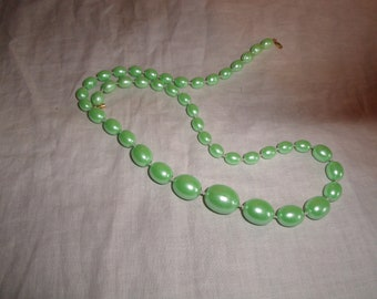 vintage necklace seafoam beads