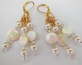 White pearls Beauty chandelier earrings  E332