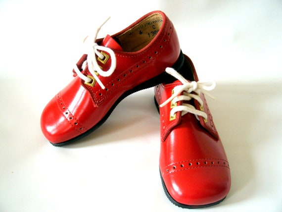 Childrens Toddlers Red Leather Shoes Size 6C  Unisex New Old Stock