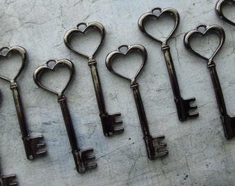 Ashford Heart Shaped Gunmetal Black Skeleton Key  - Set of 10