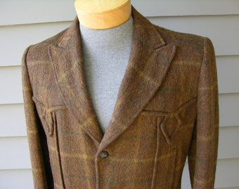 vintage ROCKABILLY DeLuxe 1950's Men's Western coat. Shaggy - Chopped fur - Plaid. Allen Mfg., Denver, CO. Small - Long