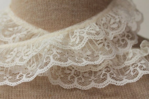 Double Ruffle Lace - IVORY ...Great for Costumes, Bridal Garters and Childrens apparel.   2 Inches wide