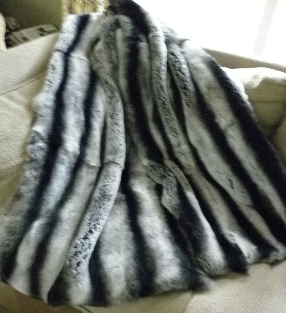 Real Genuine Rex Rabbit Dyed Gray Chinchilla Fur Throw new made in usa  authentic