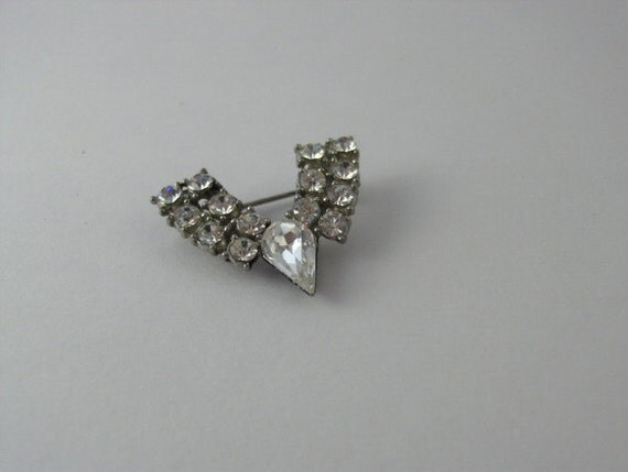 Vintage Deco Brooch, Dress Pin, Rhinestones