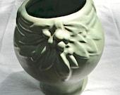 McCoy Vase Unmarked Green Vintage 19230