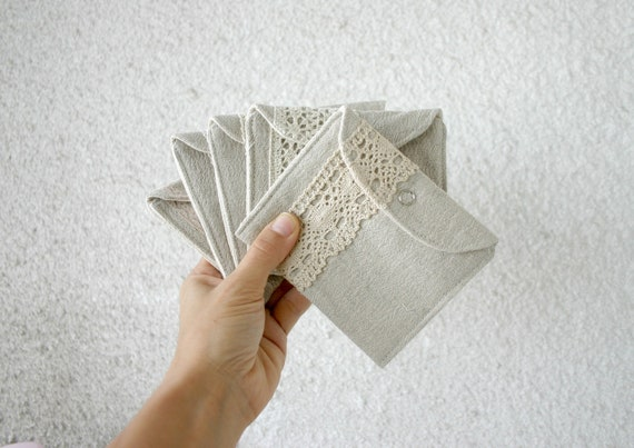 5 mini linen and lace wallets bridesmaid gifts bridal party