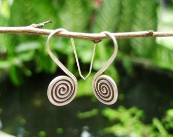 Thai Karen Hilltribe Silver Earrings - The Spiral of Life (6)