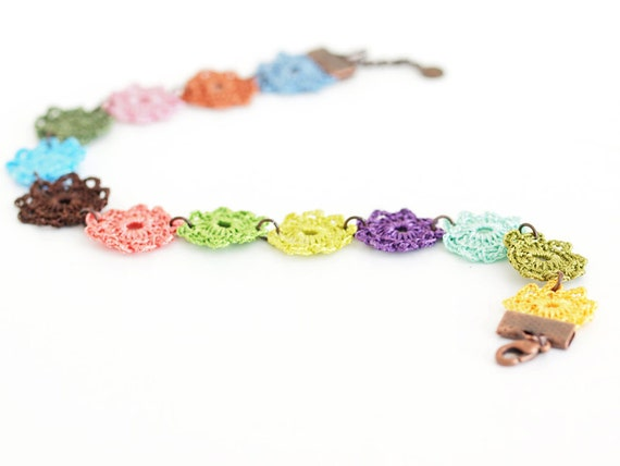 Anklet Boho Chic Crochet Lace in Multicolor Hippie Boho Gypsy Style Jewelry Circle Flower Lace Doily