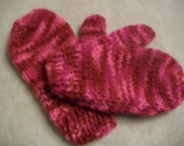 Pink,Pink and More Pink Varigated Mittens for your little one in size 2 to 3years