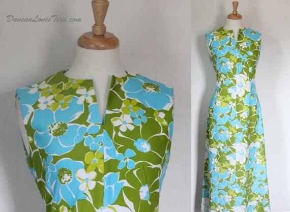 Vintage 60s Dress /  Graphic Polyester Maxi / FOLLOW ME / Op-Art Polyester Knit Hostess Dress / Boho Hippie