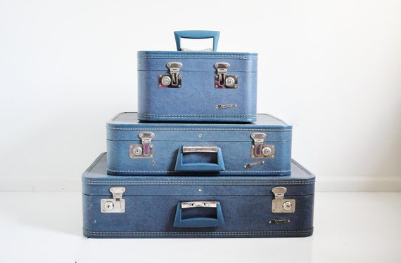 Large Monarch Suitcase - Blue