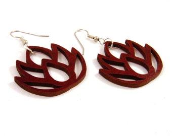 Sustainable Wooden Earrings - Simple Lotus - in Red Stained Maple