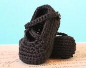 Instant Download - CROCHET PATTERN PDF - Crochet Baby Girl Booties - Chloe Booties