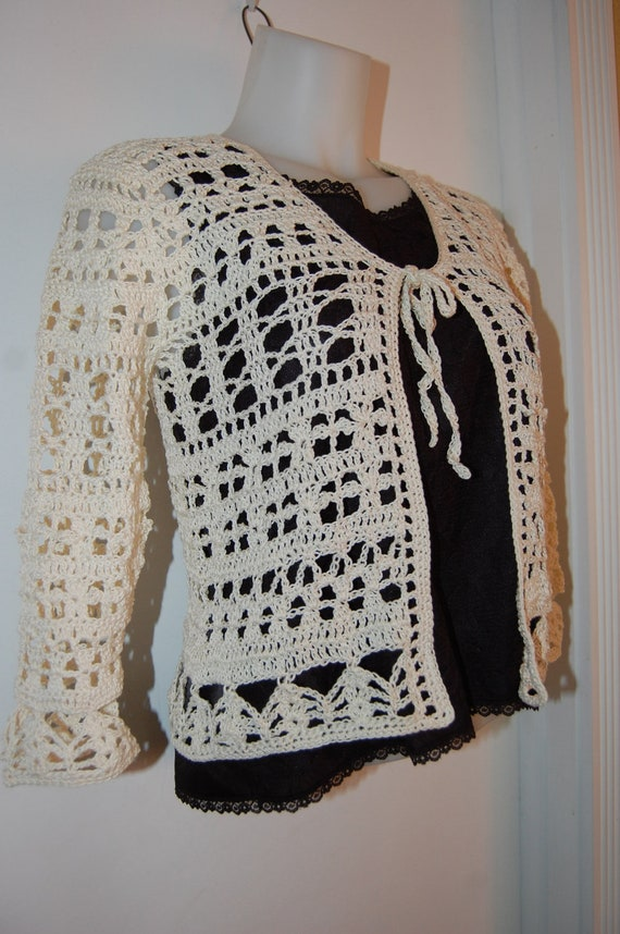 Crochet Cardigan Sweater in Ecru Cotton Multiple Motif with front ties in size Small