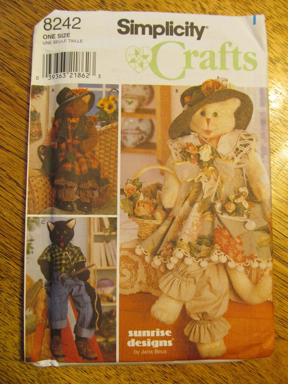UNCUT Sewing Pattern - Folksy Stuffed Realistic Toy Kitty Cat and Clothes - Simplicity 8242