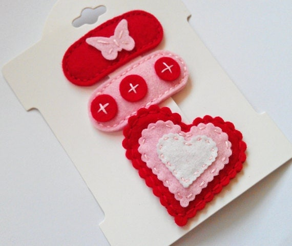 COOKIE CUTTER. Set of 3 Felt clips Wool Felt. Baby. Girls.Red Clips for Valentines Day.