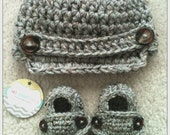 Baby Boy Newsboy Hat & Loafer Booties Set in Grey Marble brown buttons newborn 0-3 3-6 6-12 mos shower gift crocheted photography prop