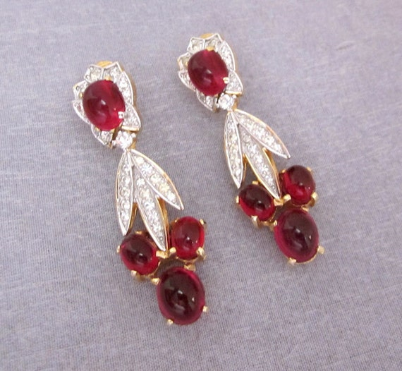 Exquisite Vintage Rhinestone Earrings Cranberry Red Glass  - Dangle, Dressy, Dramatic Holiday, Party Fashion Jewelry - jryendesigns