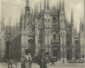 Italian - Milano Il Duomo - 1900s vintage Postcard - Period Clothing - Architecture Italy