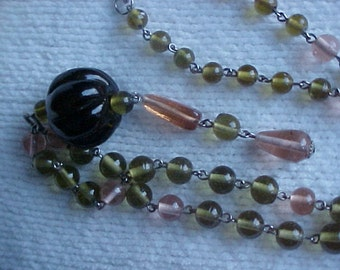 SALE  Vintage, hippie, boho glass bead necklace. Was 32.00.