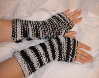 emo black and white stripe gloves hand warmers goth simple monochrome Halloween minimalist punk