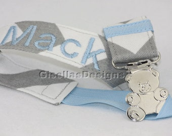 Personalized Pacifier Clip / Baby Pacifier clip / great for baby shower gifts