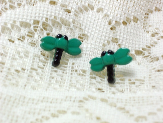 Dragonfly Button Earrings, Button Jewelry, Dragonfly Earrings, Dragonfly Jewelry