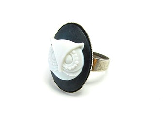 Owl Cameo Ring - Black and White - Antique Silver - Owl Jewelry - Boho - Woodland - Nature - Animal - White Owl - Teacher / Librarian Gift