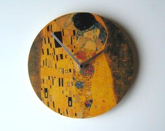 """Objectify Klimt """"the Kiss"""" Wall Clock"""