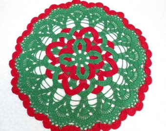 Crochet doily / red / green / round / 12 inches