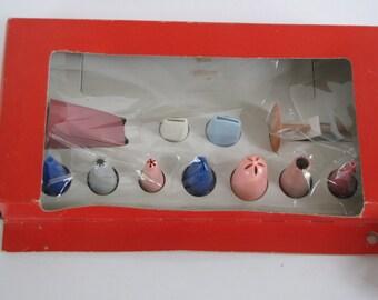 Vintage Frosting Cake Decorator Plastic Tips
