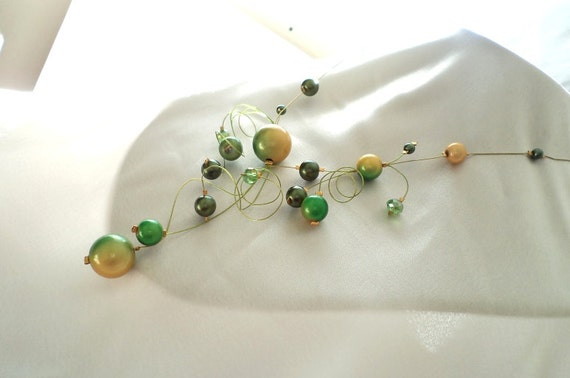 Green yellow swirl necklace, Illusion Necklace