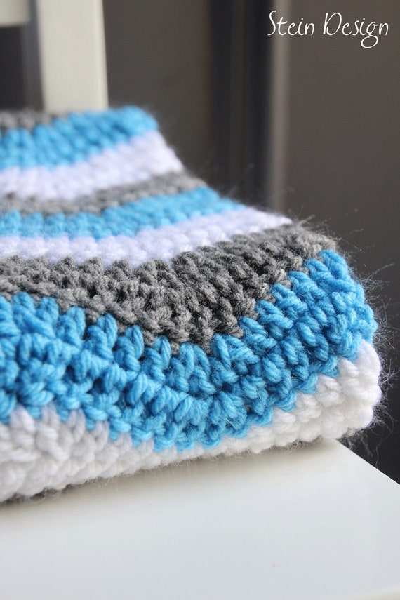 Crochet Baby Blanket Soft Ripple Pattern White Gray And
