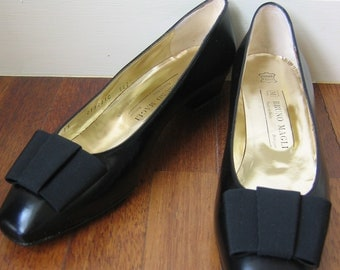 Bruno Magli 90s black skimmer flats with bows, BNWT, EUR 39, 50% OFF