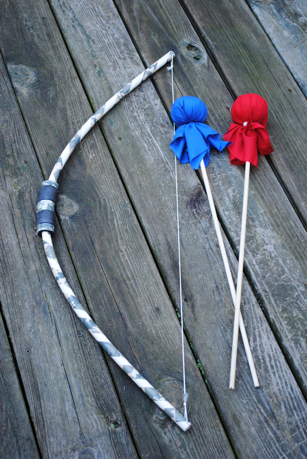 Children 39 s 1 bow and 2 arrows archery set by atkinsoncreations for Kids pvc bow