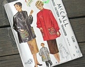 McCall's 1530 Smock with Transfer for Dragon Embroidery