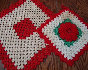 Pot Holder and Hot Pad Red Rose Hand Crocheted Vintage Pot Holders