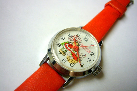 Wrist Watch Wristwatch Character Vintage BRADLEY Strawberry Shortcake Rare and Beautiful Wind-up watch FREE SHIPPING