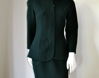Vintage 1980s Geoffrey Beene Nan Duskin Skirt Suit Classic and Timeless XS/S