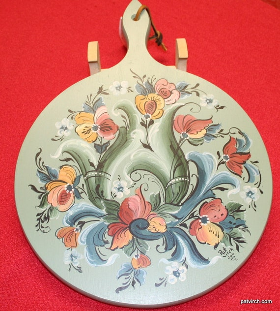 Norwegian Rosemaling -- Bread Board -- Hand Painted Light Green Background. Rose and Gold Accents.