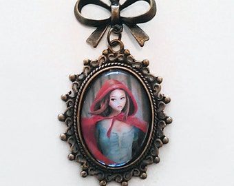 Cappuccetto Rosso (Red Riding Hood) - Necklace